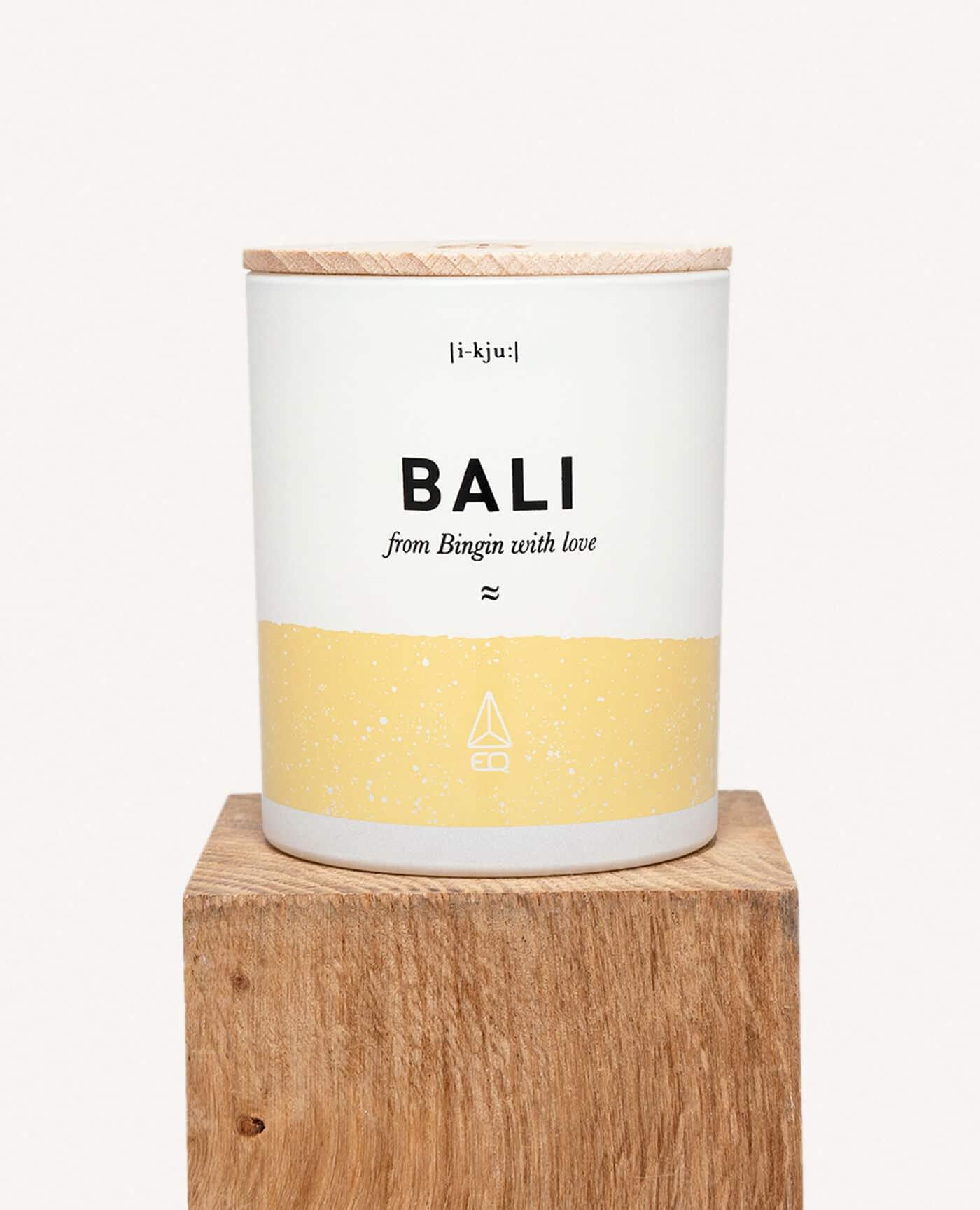 Bougie Bingin Bali naturelle parfumée Vanille et patchouli de la marque EQ Love
