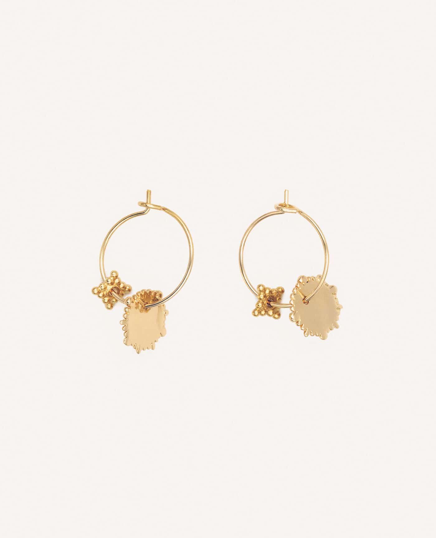 Boucles d'oreilles Charmantes or créoles de la marque Luj Paris