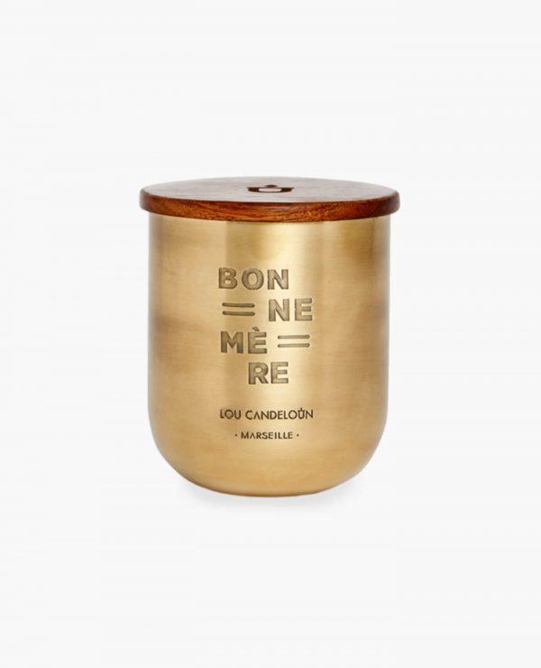 Bougie naturelle parfumée Bonne mère senteur bois ciré et encens de la marque Made in France Lou Candeloun