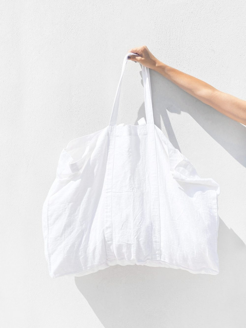 Sac de plage vegan blanc en lin français de la marque comptoir des teintures Made in France