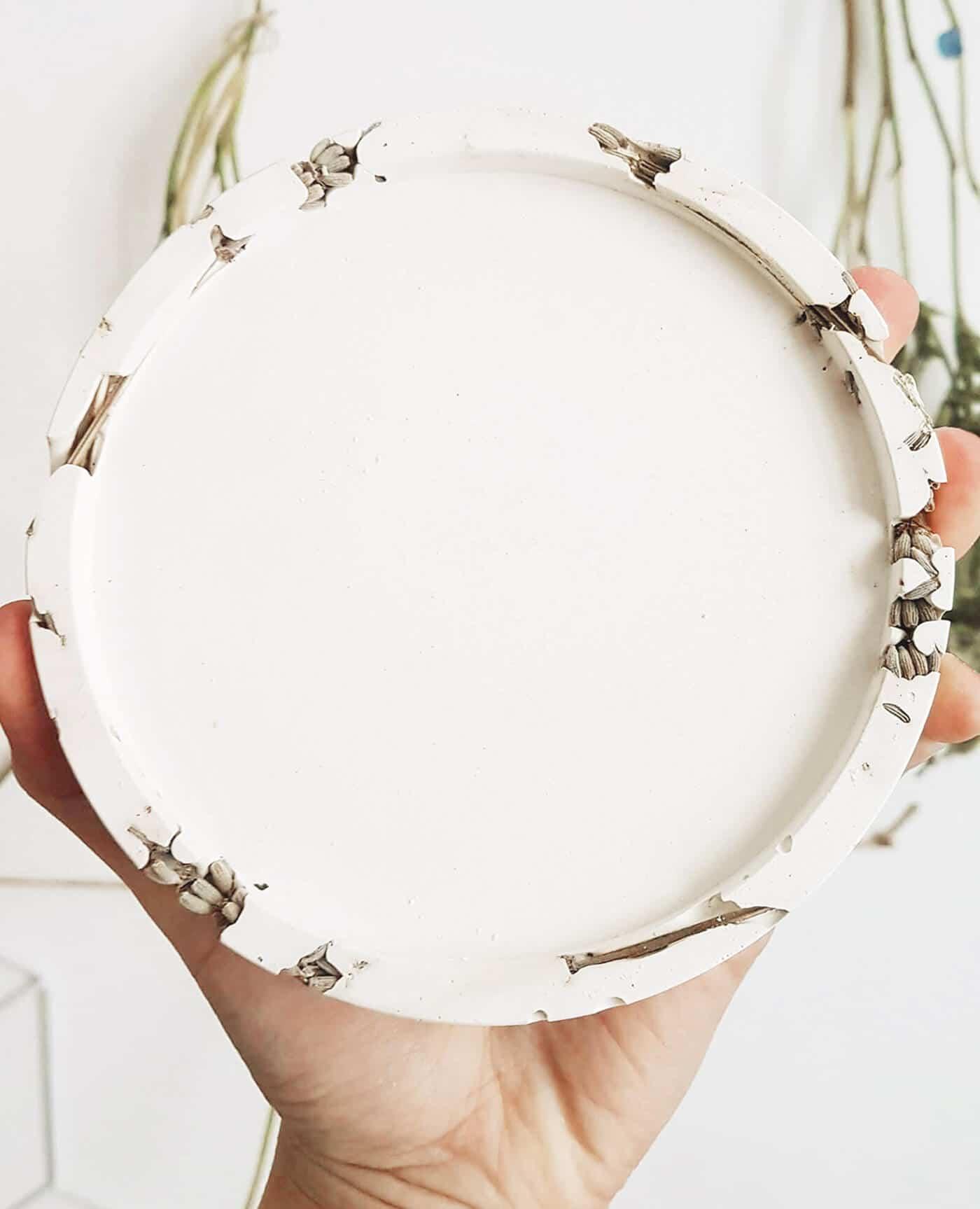 Socle support naturel lavande pour bougies fleuries de la marque Ponoie Made in France
