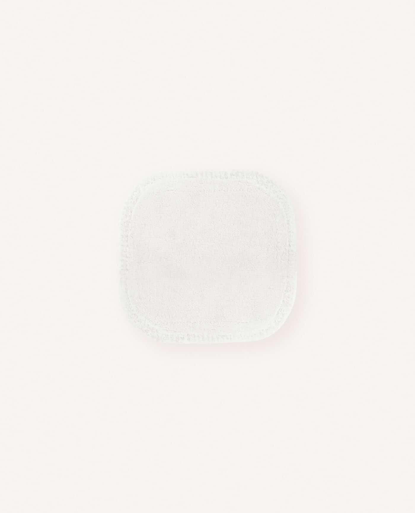 Carre démaquillant en coton lavable bio, naturel et vegan de la marque Avril cosmétiques made in France