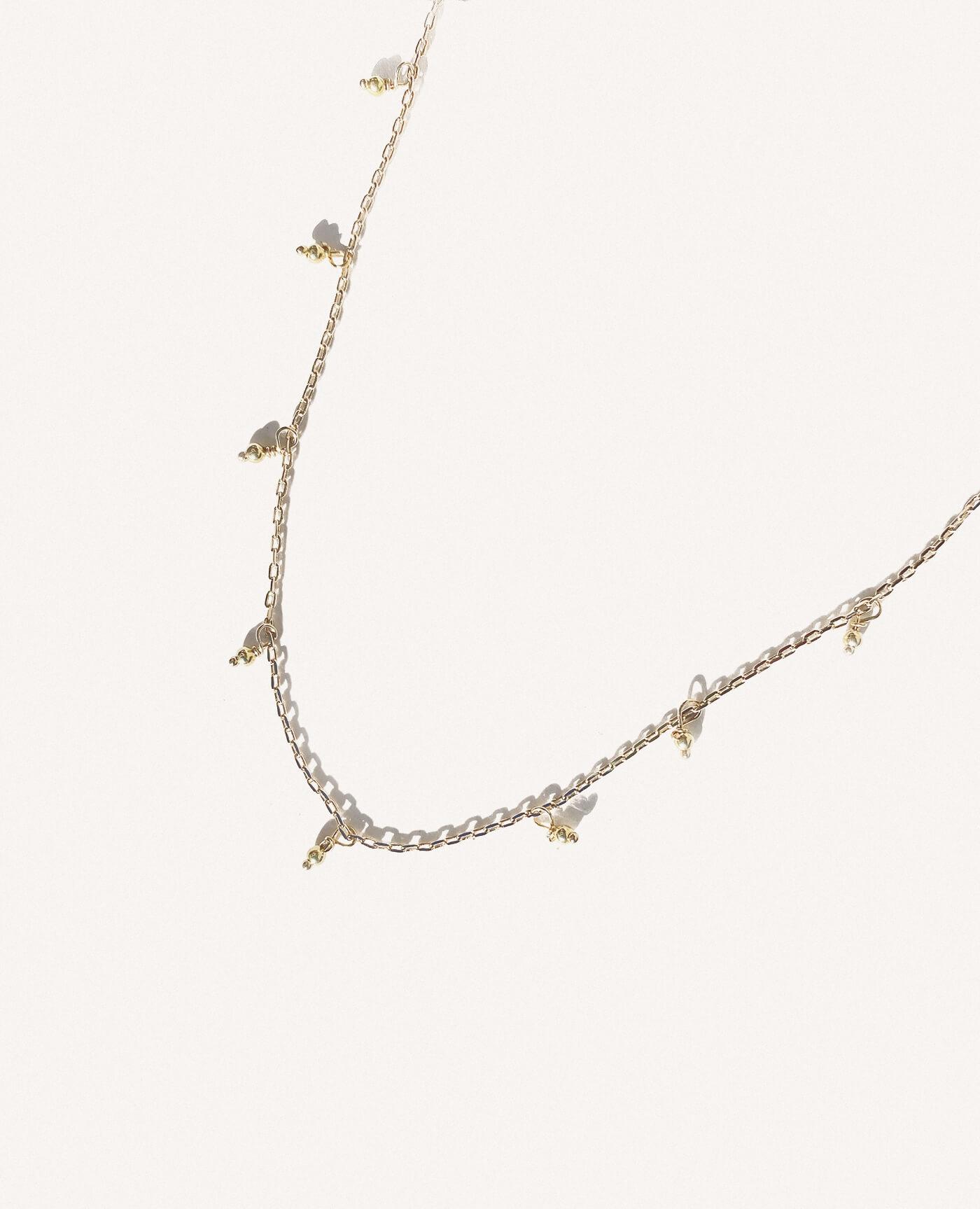 Collier fin Diana en or de la marque Gisel B made in france