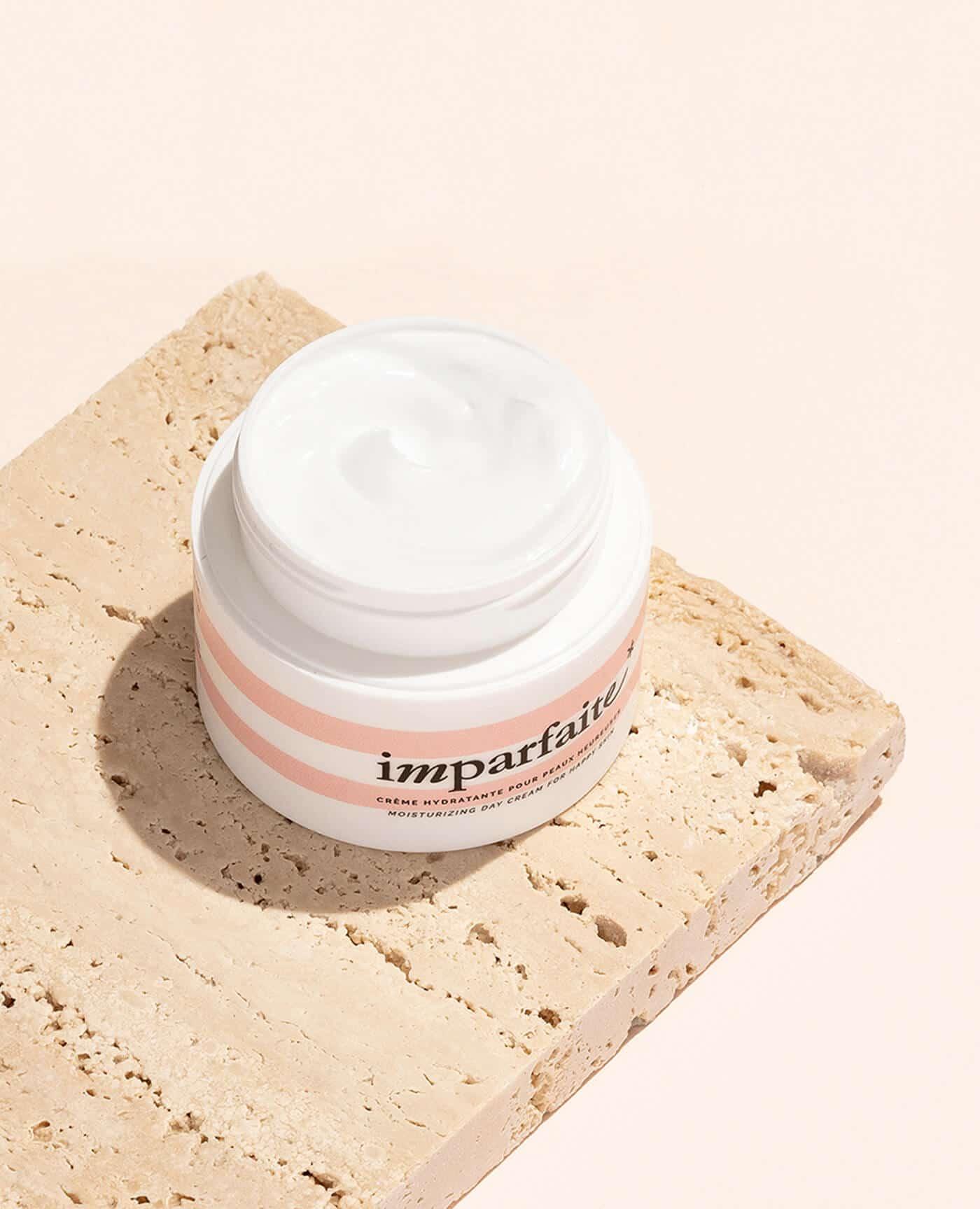 Crème de jour naturelle hydratante de la marque Imparfaite