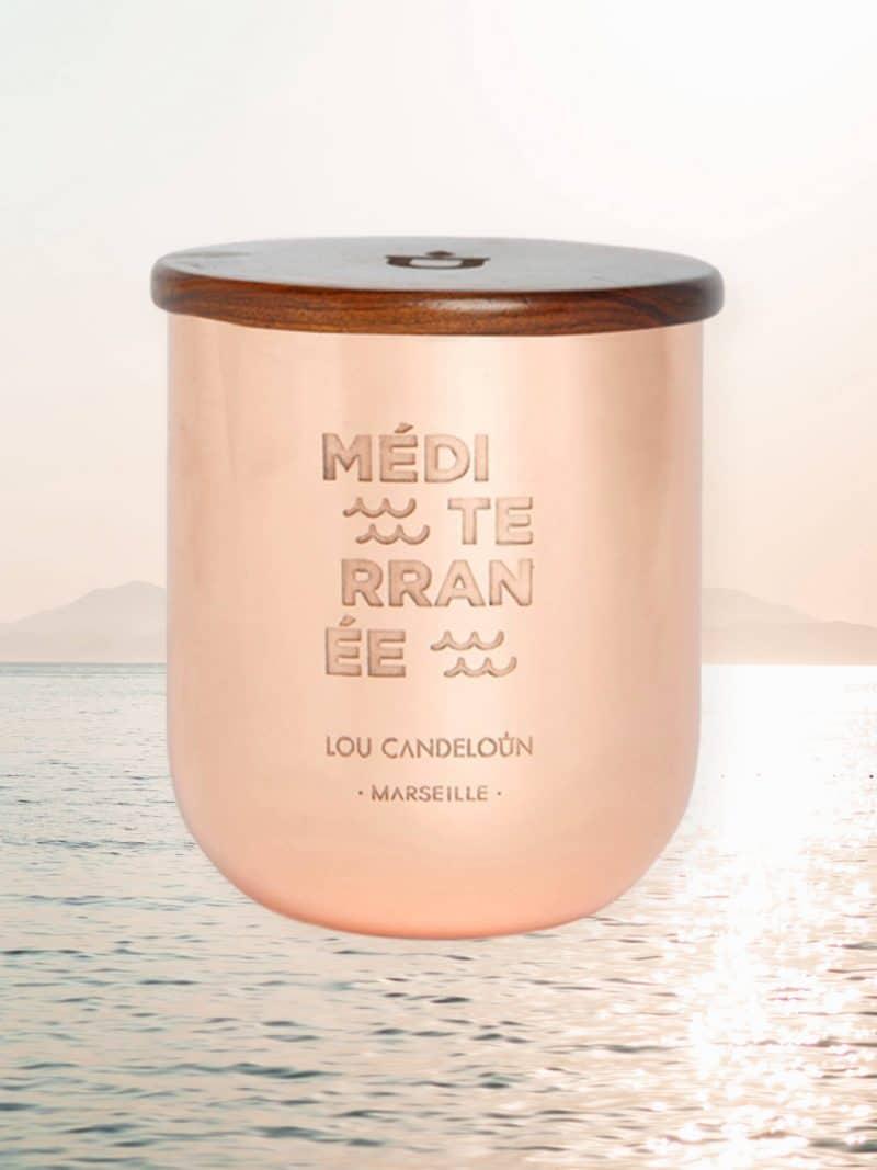 Bougie naturelle parfumée Méditerranée senteur fleur de sel et mandarine de la marque Made in France Lou Candeloun