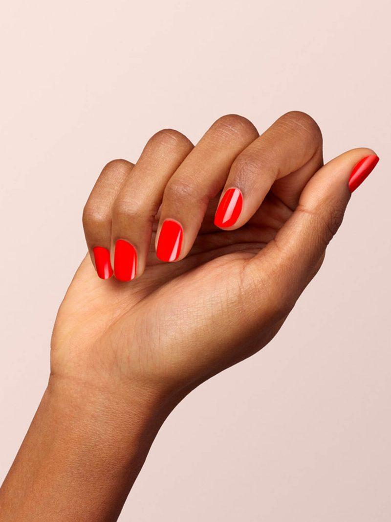 vernis à ongles semi permanent green manucurist rouge anémone